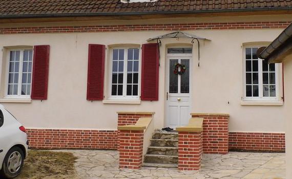 Ravalement d'une maison en pierre de taille et meulière à L'Isle-Adam dans le Val d'Oise